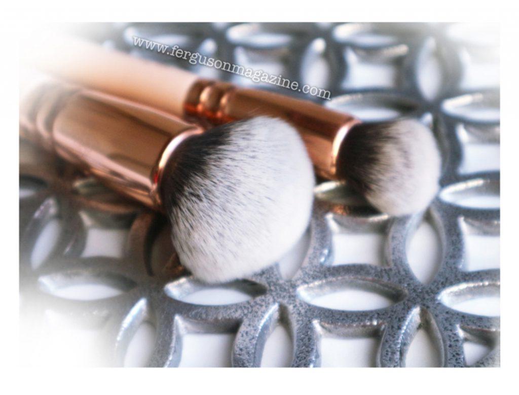 spazzola per pulire pennelli